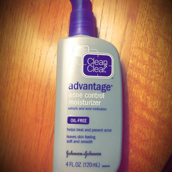 Clean & Clear Advantage Acne Control Moisturizer uploaded by Julie C.