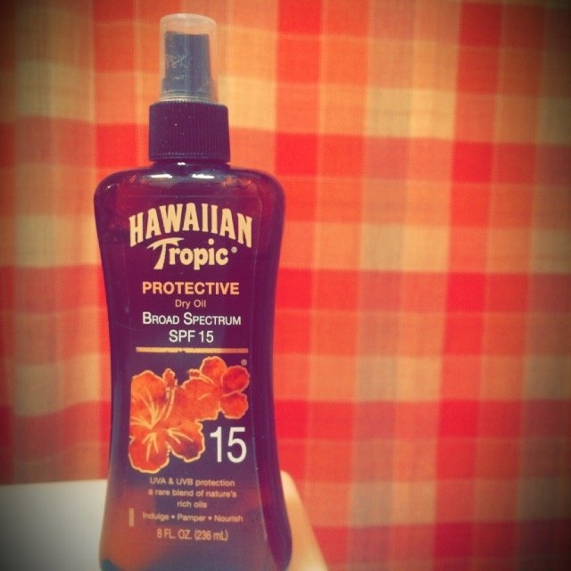 Hawaiian Tropic Protective Dry Oil Sunscreen uploaded by Briana D.