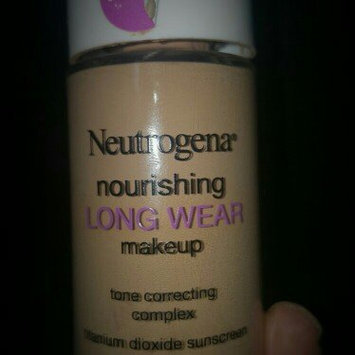 Neutrogena Nourishing Long Wear Foundation uploaded by Leticia B.