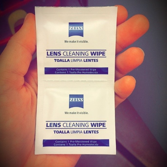 Zeiss Pre-Moistened Lens Cleaning Wipes, 200 Count uploaded by Carolina G.
