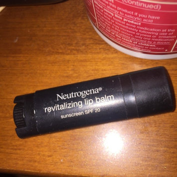 Photo of Neutrogena® Revitalizing Lip Balm SPF 20 uploaded by Vanessa N.