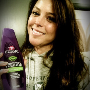Photo of Aussie Aussome Volume Shampoo uploaded by Amanda F.