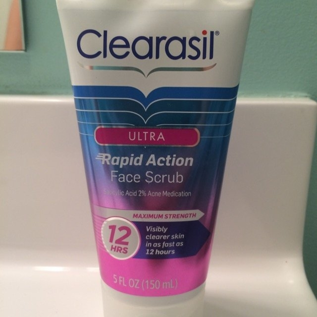 Clearasil Ultra Daily Face Wash Acne Medication uploaded by Kimberly M.