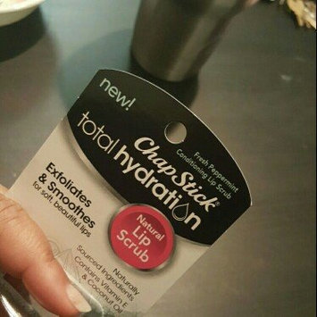 Photo of ChapStick® Fresh Peppermint Total Hydration Lip Scrub uploaded by Trishinda B.