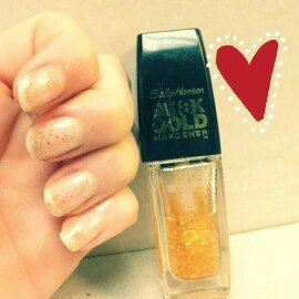 Photo of Sally Hansen Treatment 18K Gold Hardener Nail Polish, 0.33 Fluid Ounce uploaded by Kaylie B.