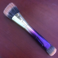 tarte Double-Ended Highlighter Brush uploaded by Amber S.