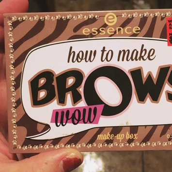 Photo of Essence How to Make Brows Wow Make-up Box uploaded by Maggie F.