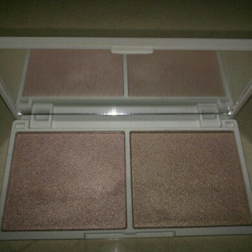 Photo of Jessica Liebeskind Illuminating Face Highlighter uploaded by Debbie R.
