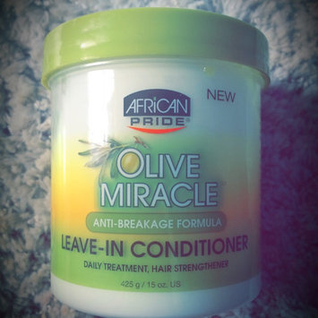 Photo of African Pride Olive Miracle Leave in Conditioner, 15 oz uploaded by Faith O.