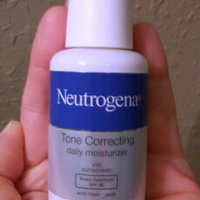 Neutrogena® Ageless Intensives® Anti-Wrinkle Deep Wrinkle Daily Moisturizer Broad Spectrum SPF 20 uploaded by Carrie C.