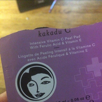 Photo of DERMAdoctor Kakadu C(TM) Intensive Vitamin C Peel Pads with Ferulic Acid & Vitamin E 30 x 0.06 oz pre-moistened pads uploaded by Ella P.