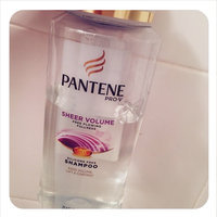 Pantene Pro-V Sheer Volume Shampoo with Hairspray uploaded by Natalia Á.