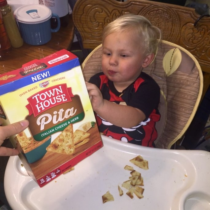 Keebler Town House Oven Baked Crackers Pita Italian Cheese & Herb uploaded by Rachel H.