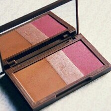 Urban Decay Naked Flushed uploaded by Layla A.