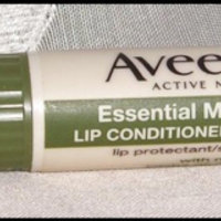 Aveeno® Essential Moisture Lip Conditioner with SPF 15 uploaded by Kelly H.