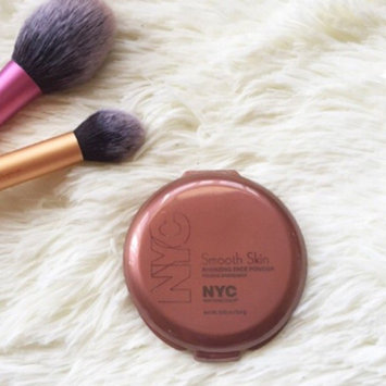NYC Smooth Skin Bronzing Face Powder uploaded by member-5be54c8d8