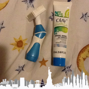 Photo of Olay Fresh Effects Va-Va-Vivid Powered Contour Cleansing System uploaded by Neen B.