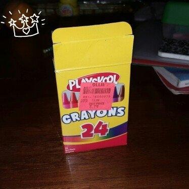 Playskool 24-Count Crayons uploaded by Cheyenne A.