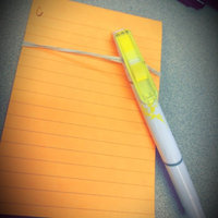 Post-it Flag Highlighter and Pen uploaded by Kelsey L.