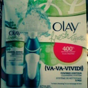Photo of Olay Fresh Effects Va-Va-Vivid Powered Contour Cleansing System uploaded by Le Petit P.