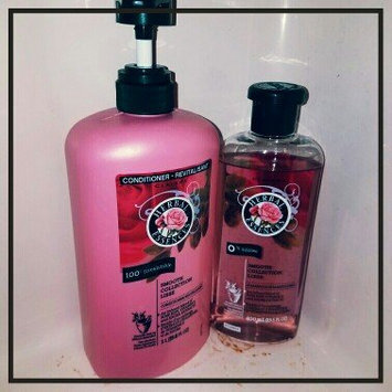 Herbal Essences Smooth Collection Shampoo uploaded by Kri M.