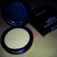Photo of M.A.C Cosmetics Matchmaster Shade Intelligence Compact uploaded by Marianthony M.