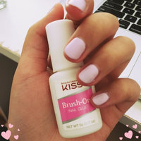 Kiss Brush-On Nail Glue uploaded by Joanne Y.