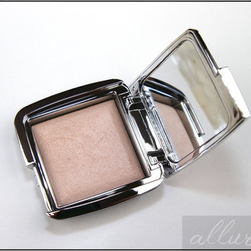 Photo of Hourglass Ambient® Strobe Lighting Powder uploaded by Liz R.