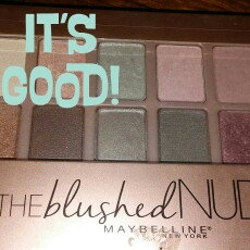 Maybelline New York Expert Wear The Blushed Nudes Shadow Palette uploaded by k h.