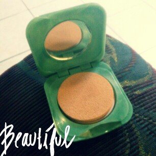 Photo of Clinique Stay-Matte Sheer Pressed Powder uploaded by Thaissa R.