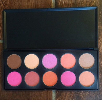 Bhcosmetics BH Cosmetics 10 Color Professional Blush Palette uploaded by Wrayn V.