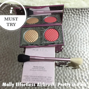 Photo of Mally Beauty Effortless Airbrush Highlighter & Blush Duo uploaded by Paasha S.