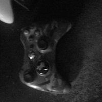 Microsoft Xbox 360 Camo Wireless Controller (Xbox 360) uploaded by Jenn S.