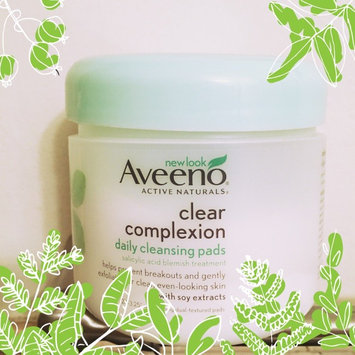 Aveeno Clear Complexion Daily Cleansing Pads uploaded by Alejandra M.