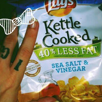Lay's Kettle Cooked Sea Salt & Vinegar Flavored Potato Chips uploaded by eloweez t.
