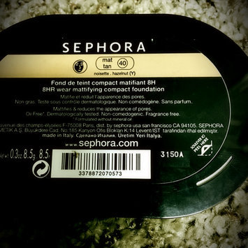 Photo of SEPHORA COLLECTION 8 HR Mattifying Compact Foundation uploaded by katherinewynn
