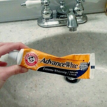 Arm & Hammer™ Advance White™ Extreme Whitening Baking Soda & Peroxide Toothpaste 5.5 oz. Box uploaded by Autumn R.
