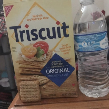 Photo of Nabisco Triscuit - Crackers - Baked Whole Grain Wheat Original uploaded by Monica C.