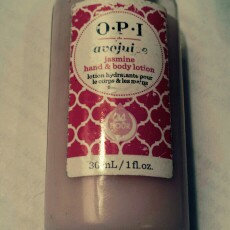 Photo of OPI Avojuice Skin Quenchers, Jasmine, 8.5 fl oz uploaded by chrissy b.