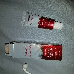 Colgate Optic White Anticavity Fluoride Toothpaste Cool Mint uploaded by Indira H.
