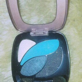 Photo of L'Oréal Paris Colour Riche® Dual Effects uploaded by Eugenia P.