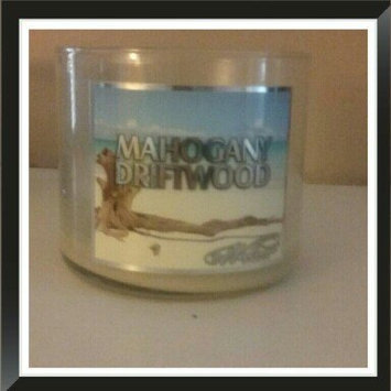 Photo of 719 Walnut Avenue Mahogany Driftwood Scented Candle, 14 oz uploaded by Valerie C.