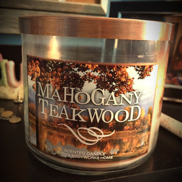 Photo of Bath & Body Works 2014 MAHOGANY TEAKWOOD 3 Wick Scented Candle 14.5 oz./411 g uploaded by Rachel T.