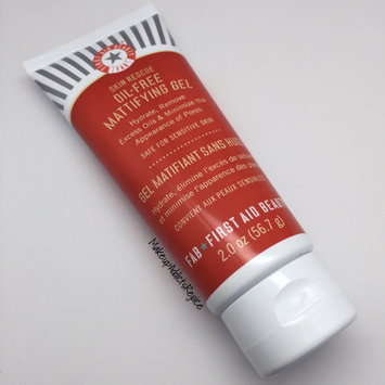 Photo of First Aid Beauty Skin Rescue OilFree Mattifying Gel 2 oz uploaded by Noosha F.