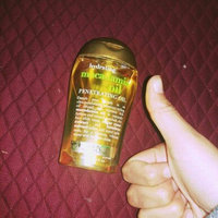 OGX® Moisturizing Macadamia Oil Dry Styling Oil uploaded by Shirley Alejandra E.