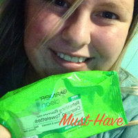 Garnier Nutritioniste The Refreshing Remover Cleansing Towelettes -- Oil Free uploaded by Myranda P.