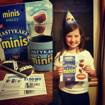 Tastykake® Minis Swirly Cupkakes 8 - 1.5 oz Packages uploaded by jessica l.