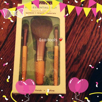 Photo of Eco Tools Mini Essentials Brush Set uploaded by Brennan R.