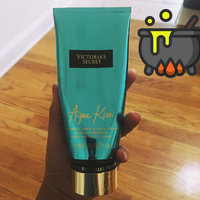 Victoria's Secret Aqua Kiss Ultra Moisturizing Hand And Body Cream uploaded by Joseane v.