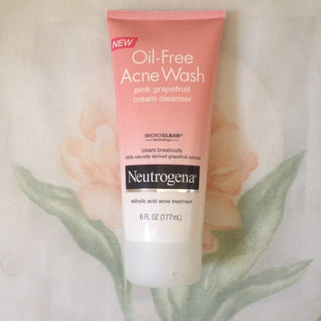 Photo of Neutrogena® Oil-Free Acne Wash Pink Grapefruit Cream Cleanser uploaded by Ioanna P.